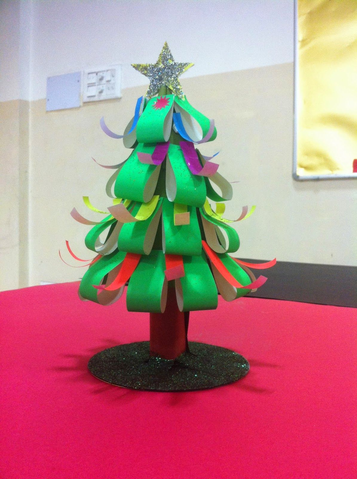 Making christmas decorations in school - Art Craft Ideas And Bulletin Boards For Elementary Schools Easy Christmas Craft Christmas