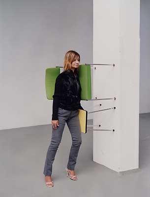 One minute sculptures by erwin wurm google search for Stuhl design kunstunterricht