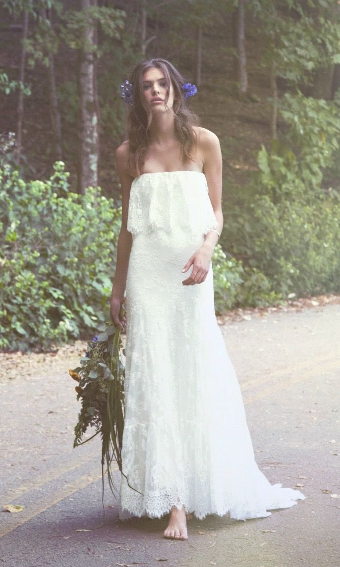 The strapless bohemian wedding dress the ucIverud caters to the bride