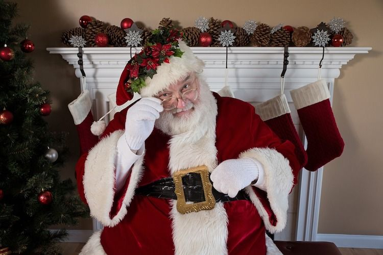 Get Out To See Santa In Ontario At One Of These Fun Places Merry Christmas Wallpaper Merry Christmas Wishes Christmas Wallpaper