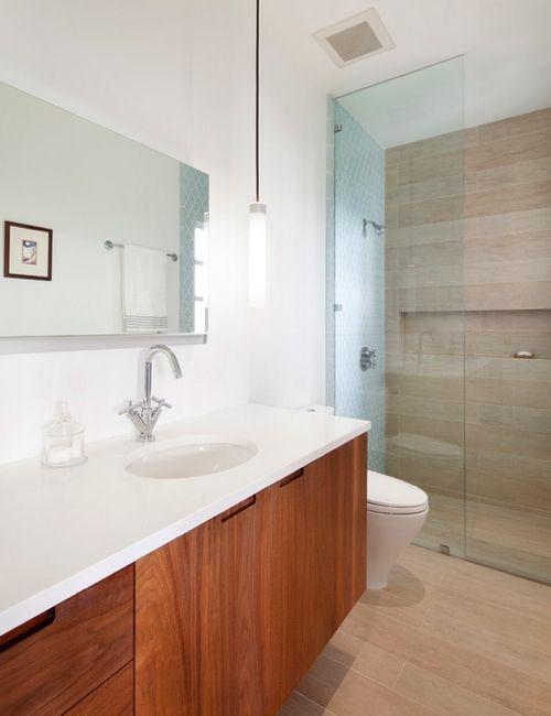 20 banheiros decorados com porcelanato que imita madeira  Banheiro  Pintere -> Banheiros Decorados Porcelanato Madeira