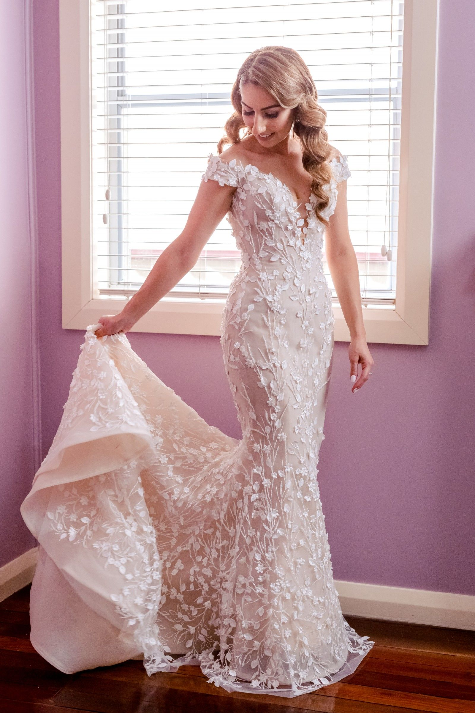 Steven Khalil Custom Made Bridal Gown Used Wedding Dress Save 23 In 2020 Wedding Dresses Bridal Gowns Bridal Gown Fitting
