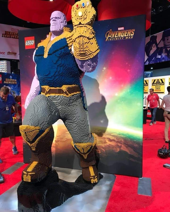 a lego thanos of avengers infinity war spotted at san diego comic
