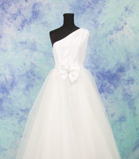 Abito Da Sposa Taffeta Di Seta Promo Abito Con Tulle Etsy Wedding Dresses Celebrity Wedding Dresses Wedding Dresses Corset