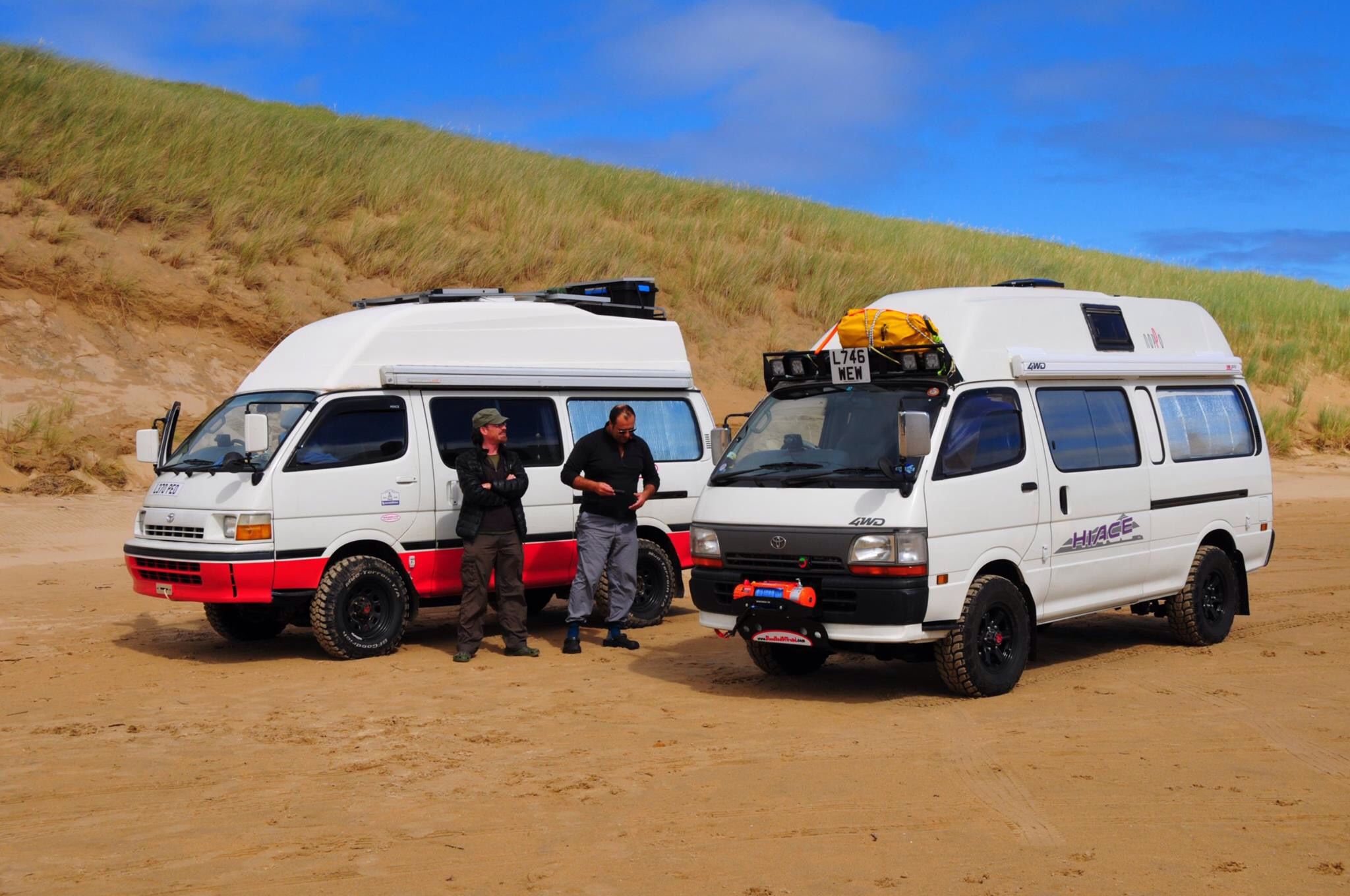 Toyota Hiace 4x4 campers by Bloodred | VW | Toyota van