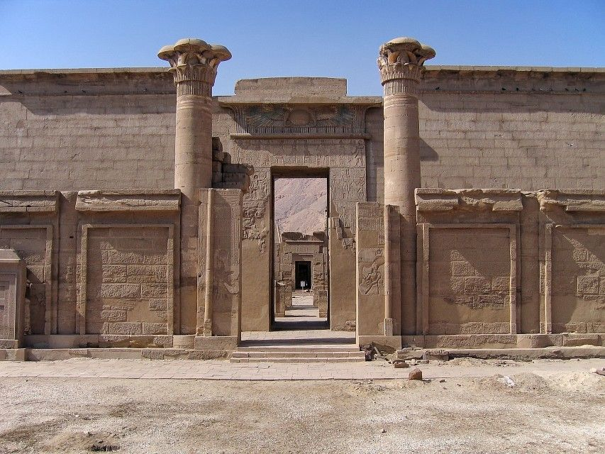 Habu Luxor, Egypt Habu Ancient