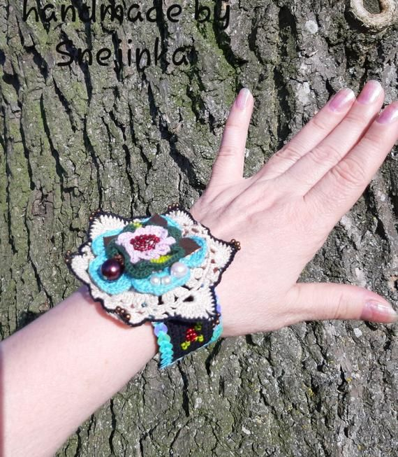 Multicolor bracelet, Crochet beaded bracelet, Crochet mini doily, Crochet lace, Irish lace, Unique gift, Christmas gift, Boho gypsy bracelet #irishlacecrochet