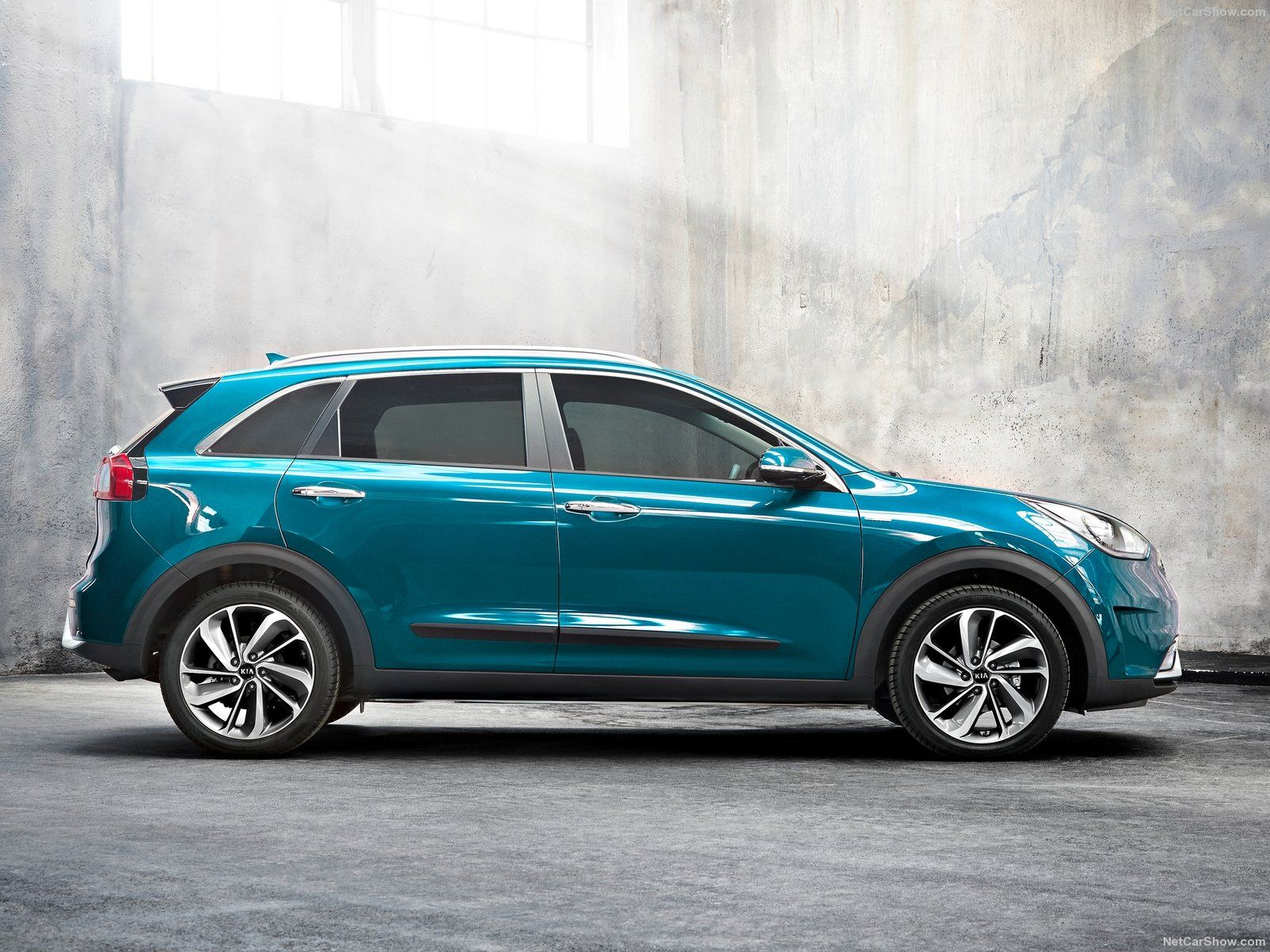 2017 Kia Niro Eu Version Kia Hybrid Car Kia 2017