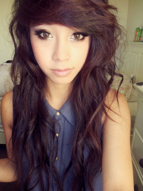 curly emo hairstyle for girls