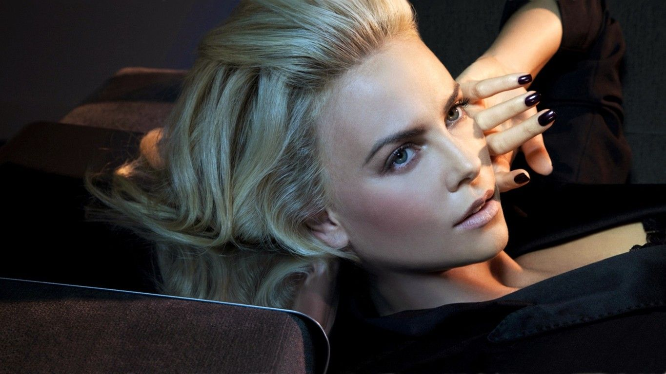 Free Download 100 Pure Charlize Theron Hd Wallpapers Latest