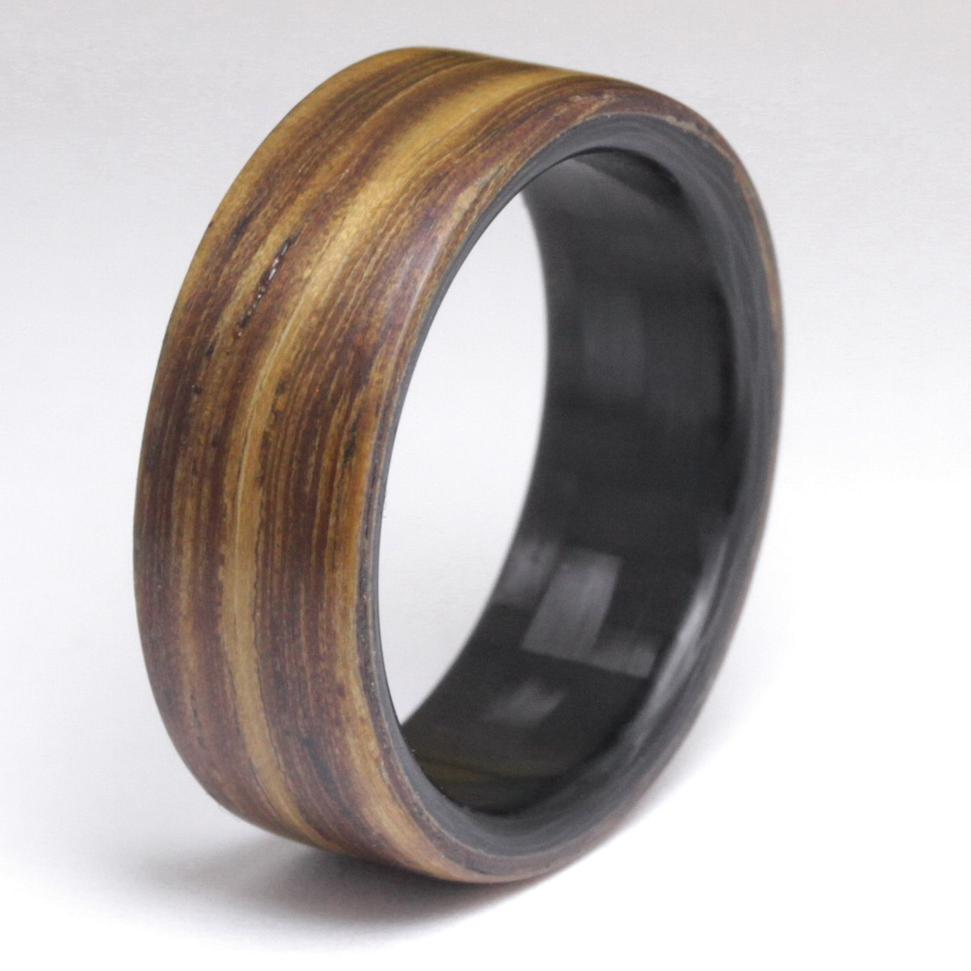 Carbon fiber rings handmade by element ring co