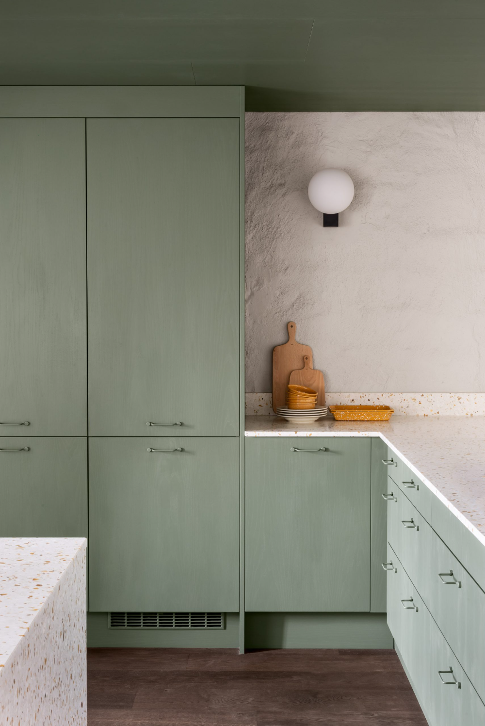 Thirty kitchens designed by architects   Green kitchen, Green ...