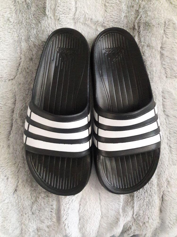 7b64283360987 Adidas Duramo Slides Boy s Youth Kids Size 6 Sandals Black White Beach Pool  NEW