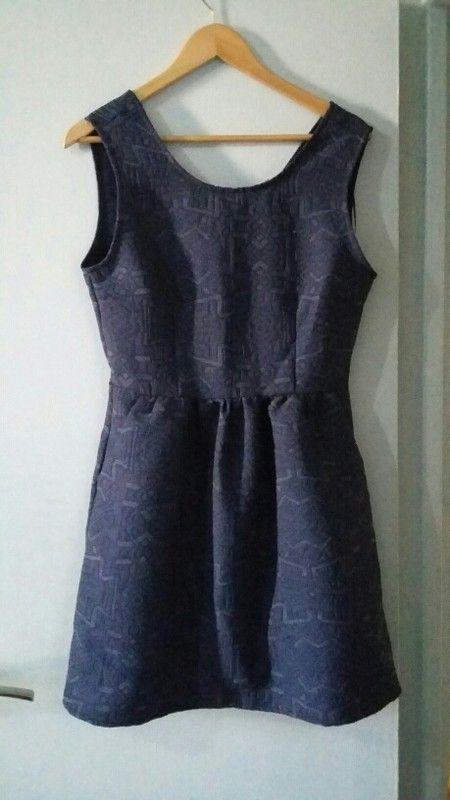 Robe bleu NafNaf   Vinted   Pinterest   Style mode femmes, Mode ... 514b3c1eb7e4