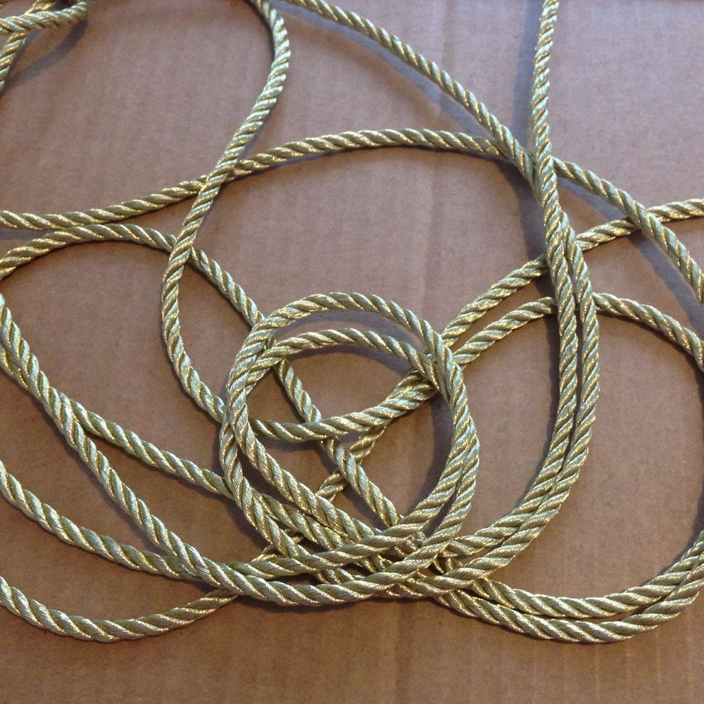 Stunning 1 4 Metallic Golden Twisted Cord Rope Trim 5 Yards Unbranded With Images Rope Chain Necklace