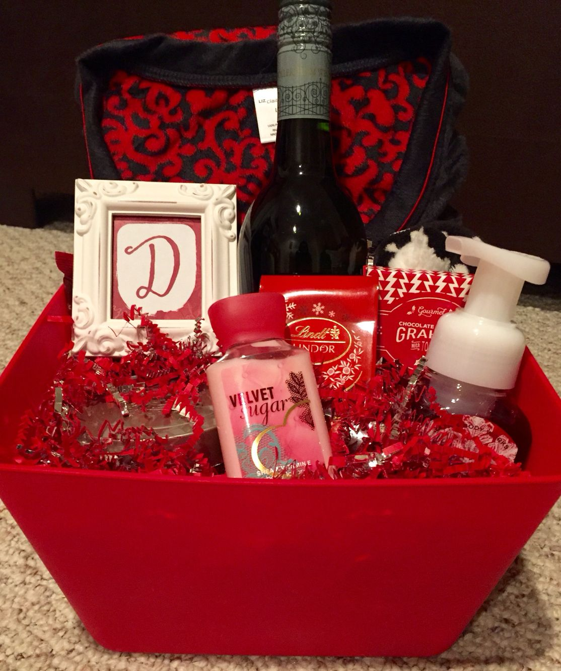 Red Themed Christmas Basket Contents Include A Candle Bottle Of Wine Bath Body Works Goodies Christmas Baskets Boyfriend Gift Basket Themed Gift Baskets