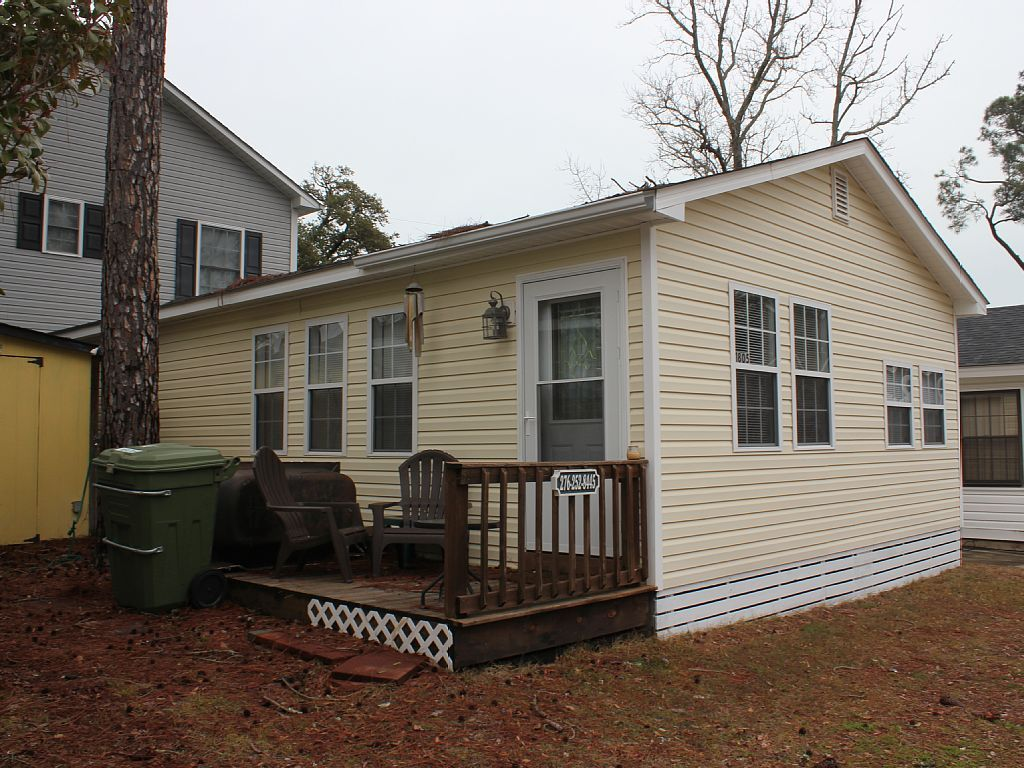 Pet friendly, W/D, wifi and cable TV, 2... VRBO