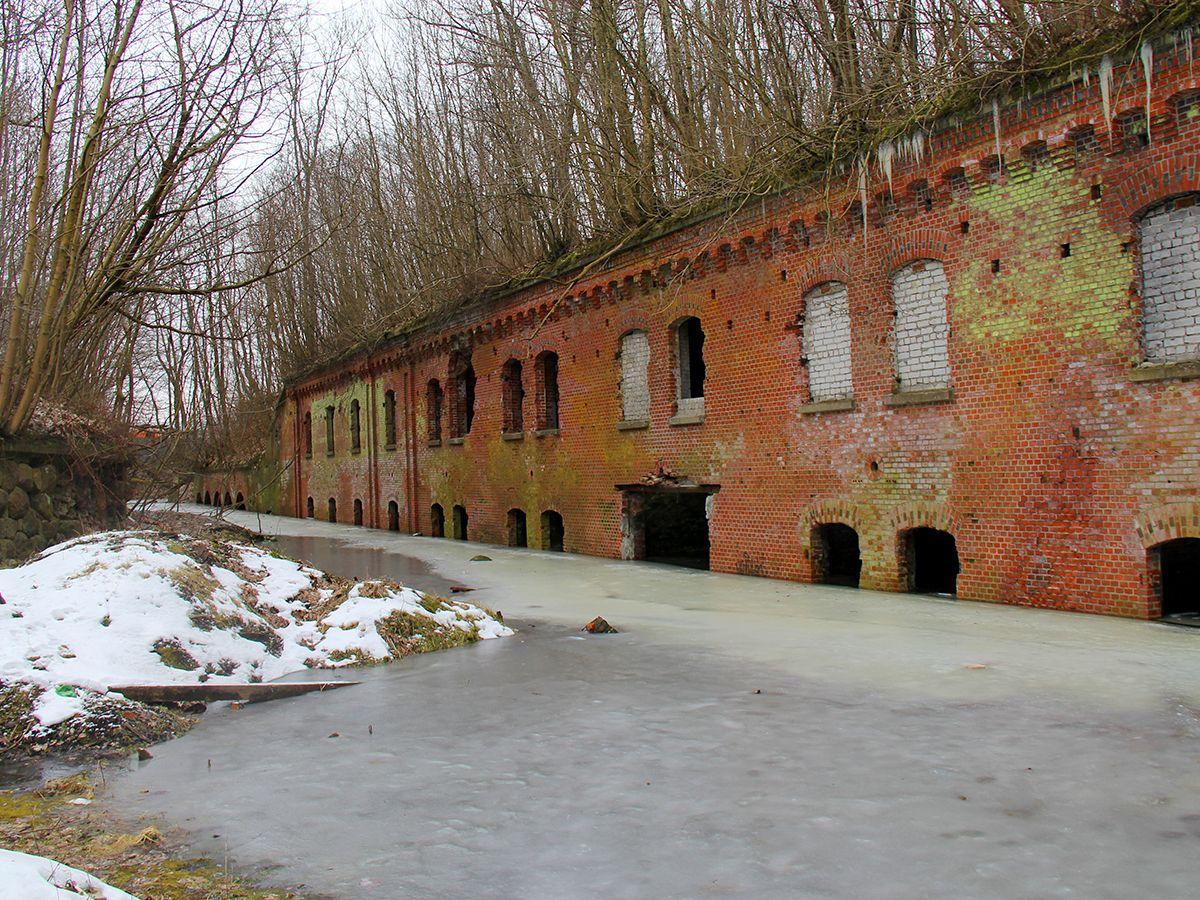 Затопленный ров 8-го форта