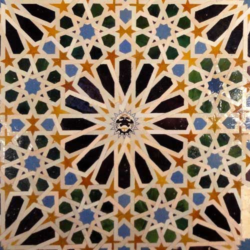 Alhambra tile design | Alhambra | Islamic tiles, Tile art