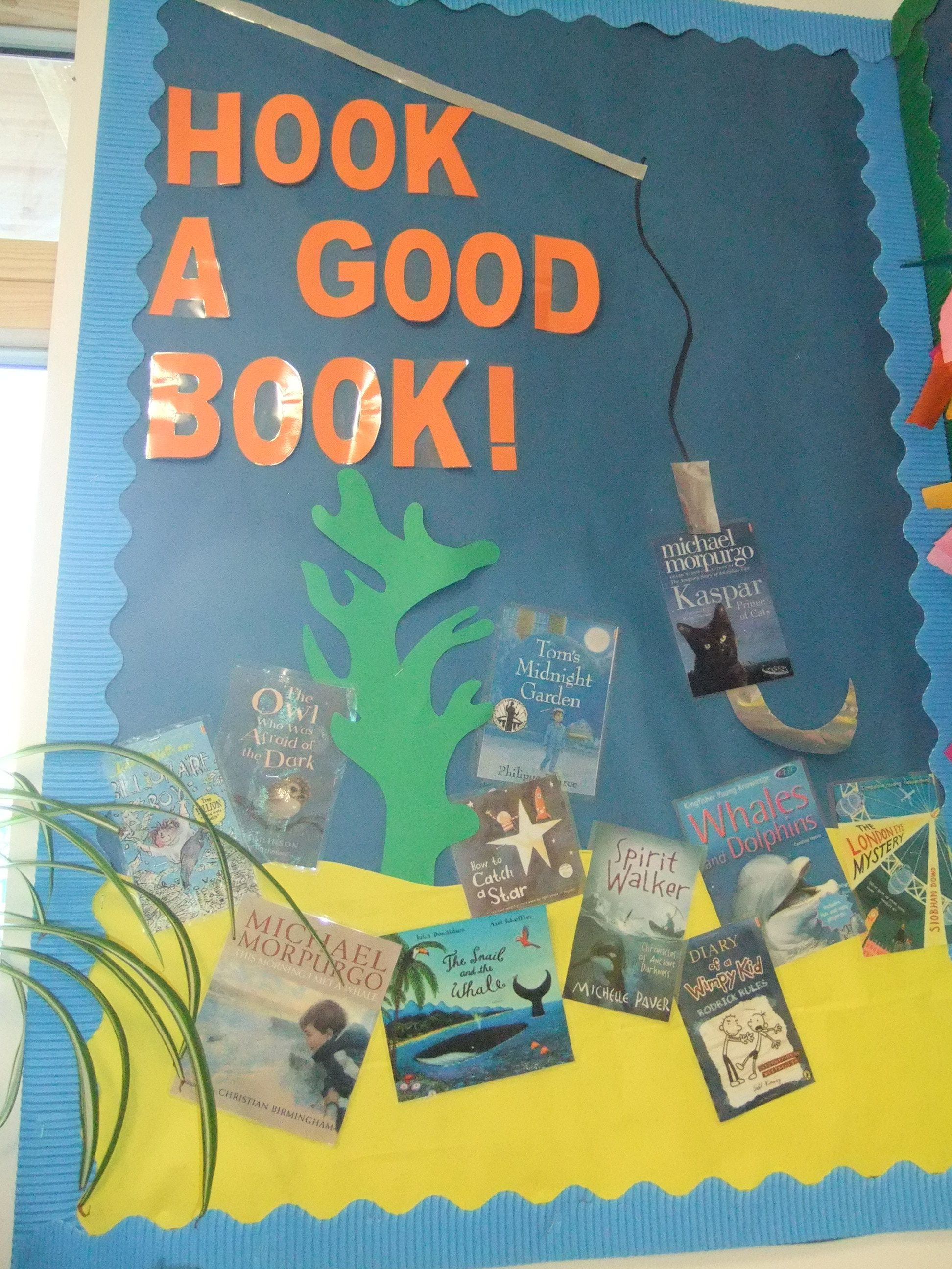 Hook A Good Book Classroom Displays Reading Display