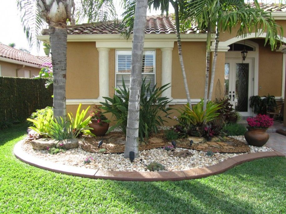 Beautify Your Home With Landscaping Ideas For Front Yard Landscaping With Brom Small Front Yard Landscaping Front Yard Landscaping Design Florida Landscaping