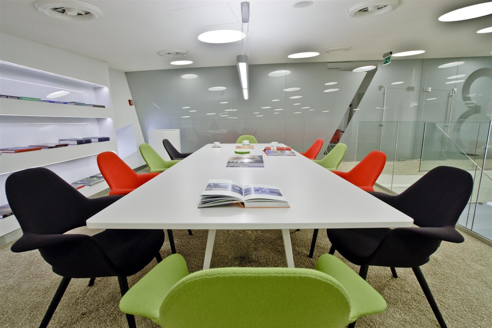 modern training room design - Google Search | Room design ...