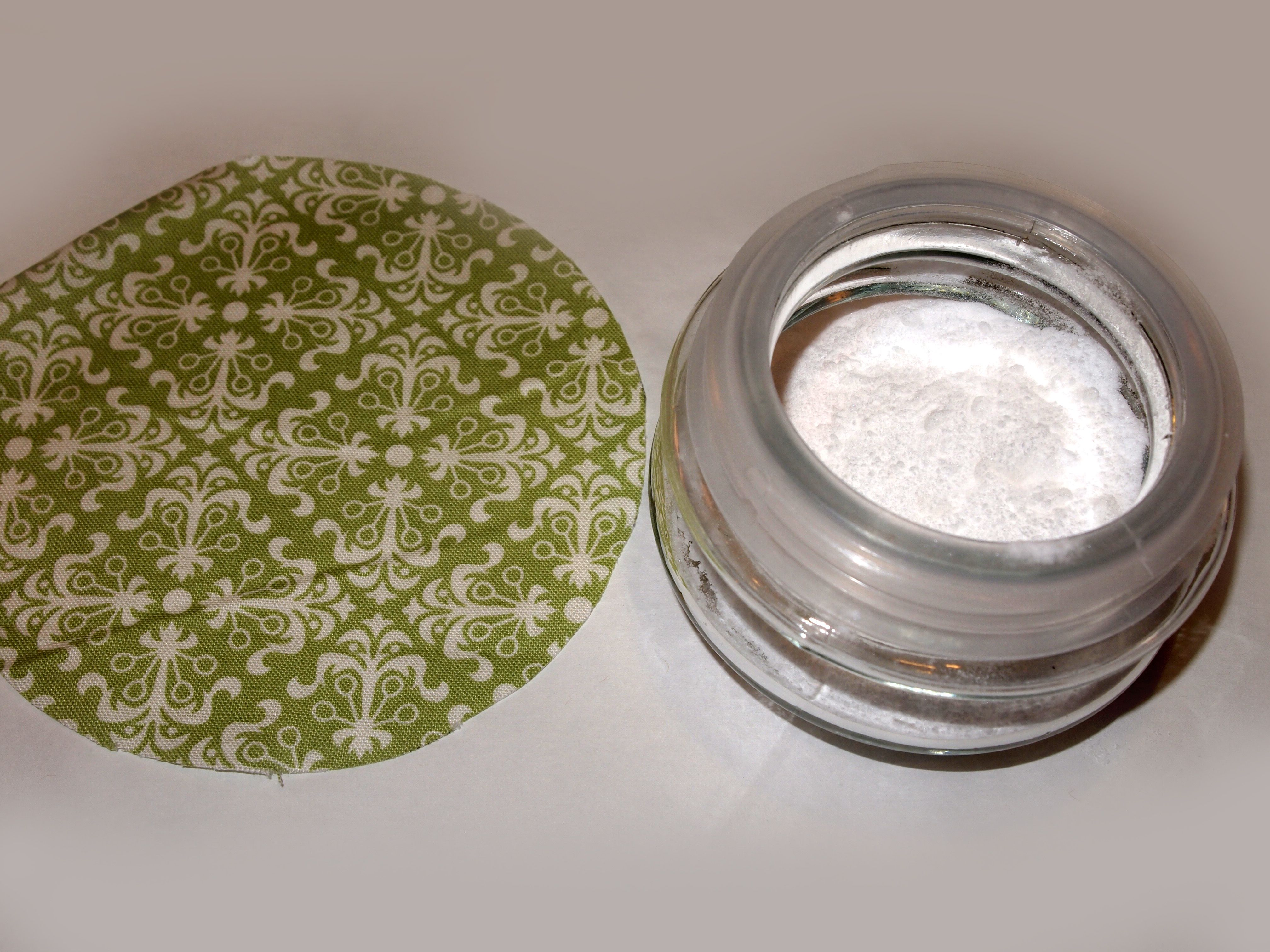 Baking Soda Cleaning Tips P4251630 4,032 3,024 Pixels
