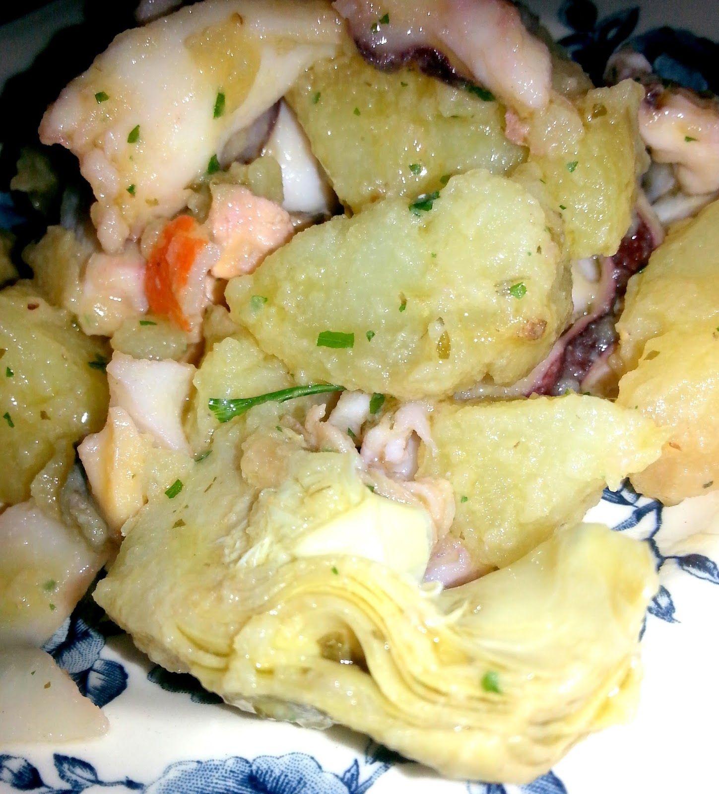 Insalata di patate con con pesce e carciofi