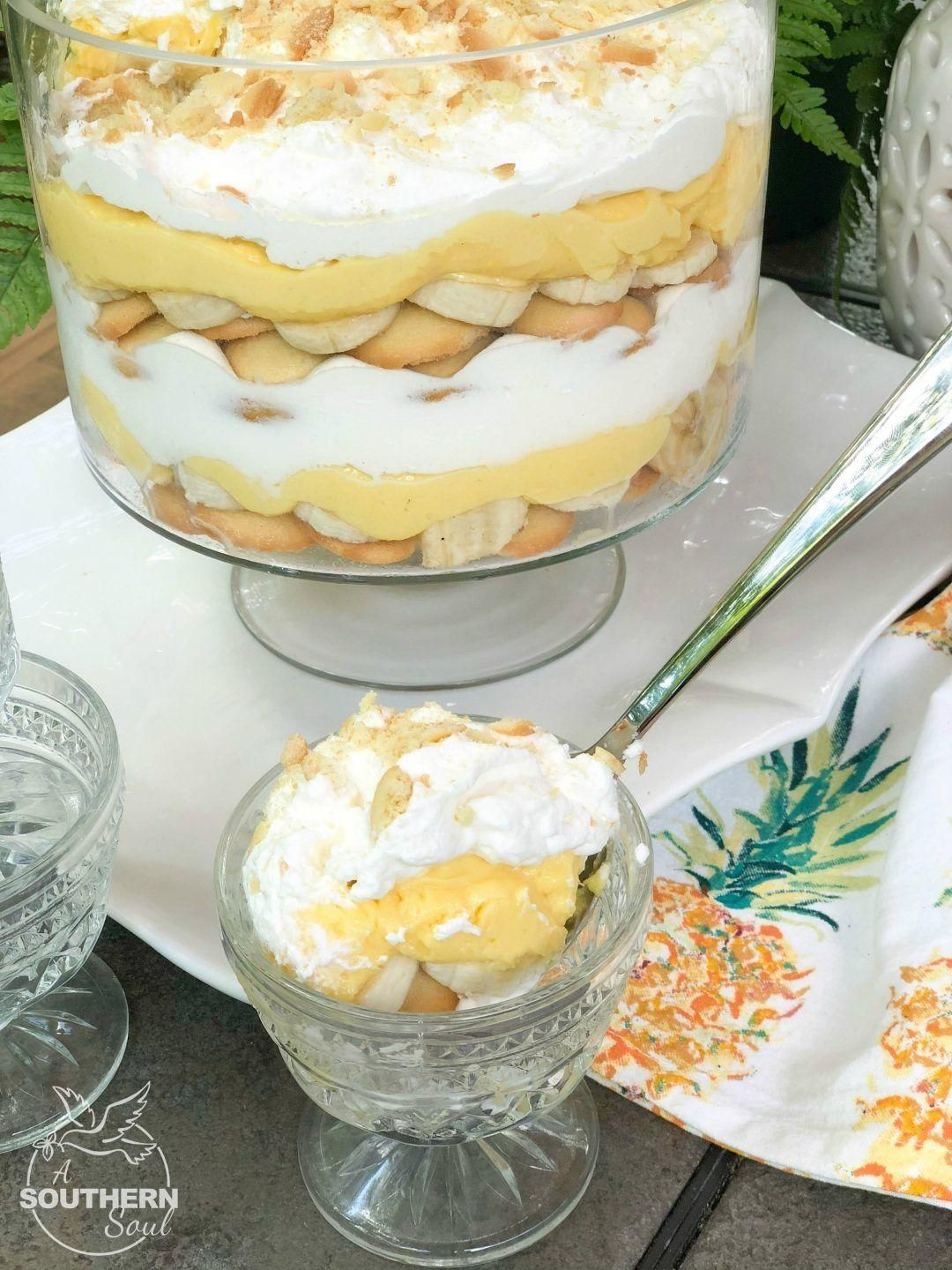 Banana Pudding Trifle  - Pies -
