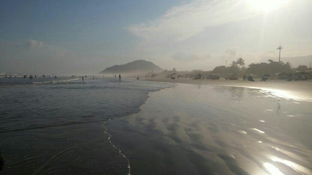 Praia de Boracéia em Bertioga, SP