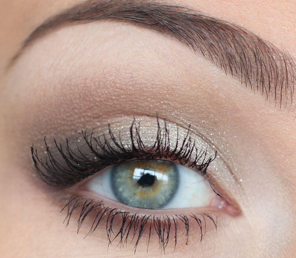 neutral and slightly smoky Grey eye makeup, Grey makeup