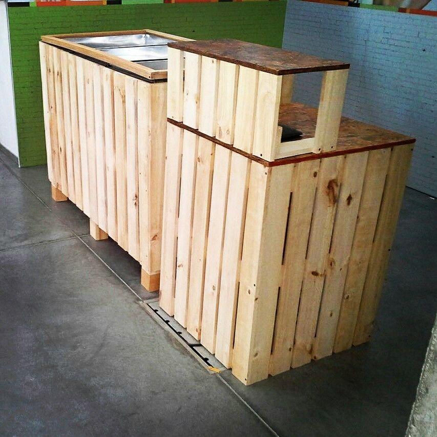 Barra ensaladas y mesones modulables en madera, decoracion de stand ...