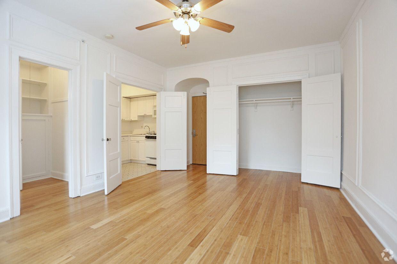 40 East Oak - 44 Photos & 2 Reviews - Apartment for Rent ...