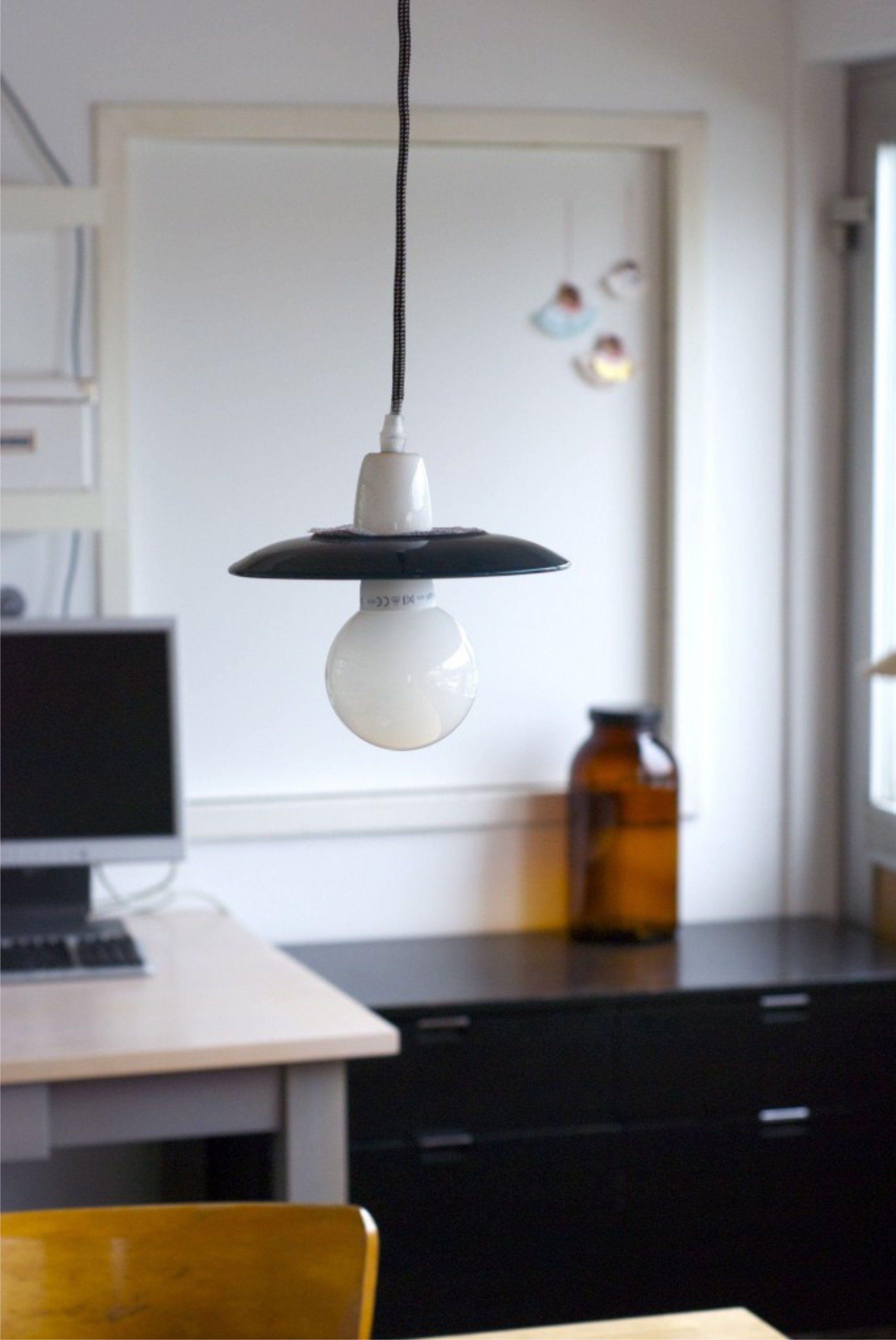 Lámpara con platos de cerámica   Lamp, Diy lamp, Basement ...