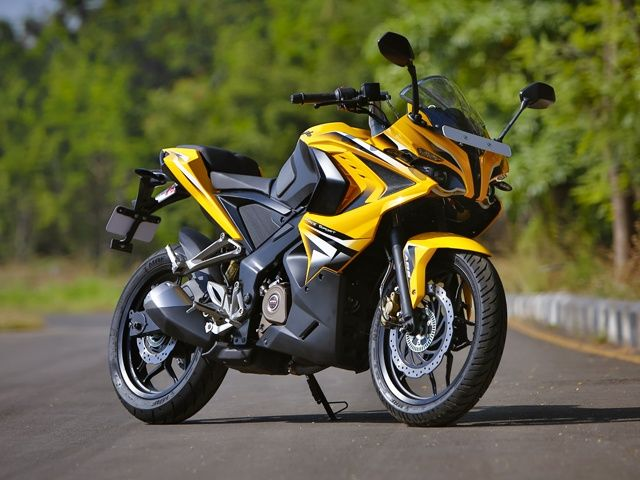 Over 1000 Bookings For Bajaj Pulsar Rs200 In One Week With Images