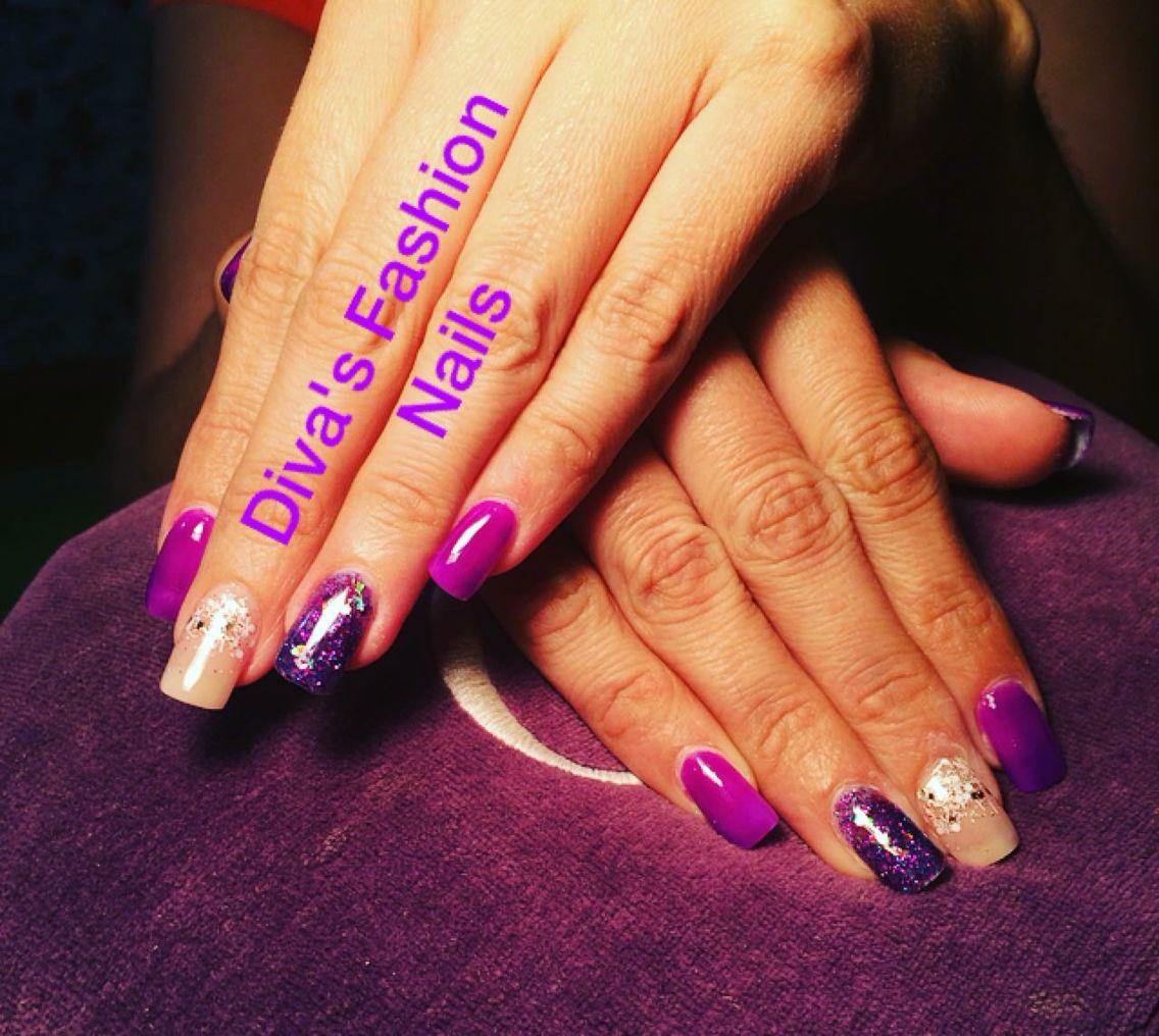 Uñas acrílicas, nude y morado | Diva\'s Fashion Nails | Pinterest