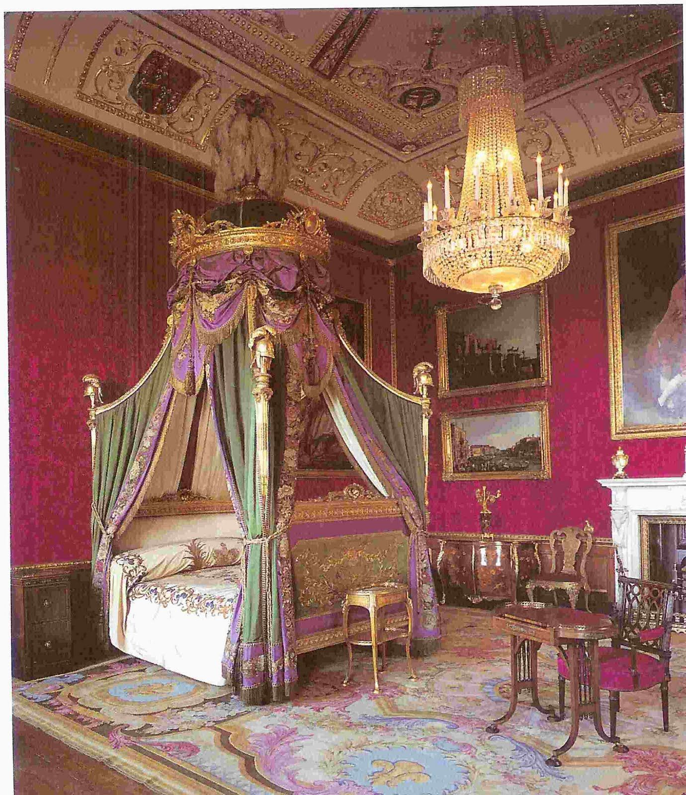Gothic Bedroom Furniture >> Windsor Castle, The State Bedchamber Pure silk lustring in lilac for the bed hangings. | Queen's