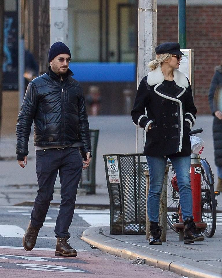 Jennifer and Darren Aronofsky were spotted in New York yesterday 02/01/17
