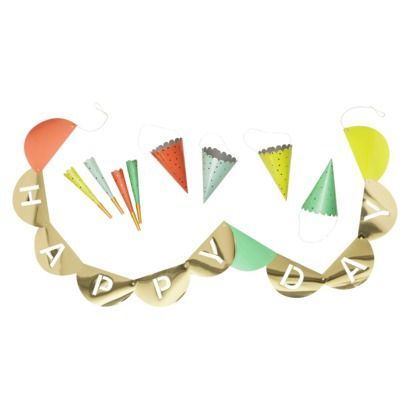Happy Day Banner with HOORAY underneath | Party hats ...