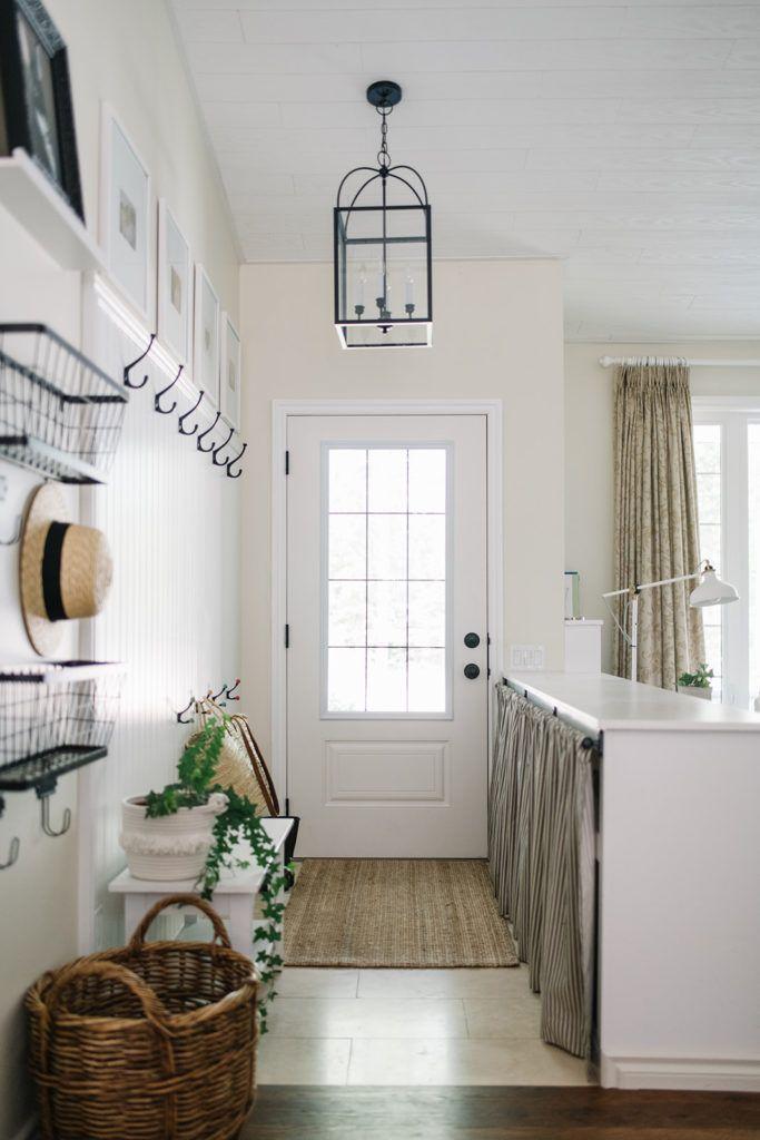 Small Entryway #mudroom #nomudroomtips #smallentryway