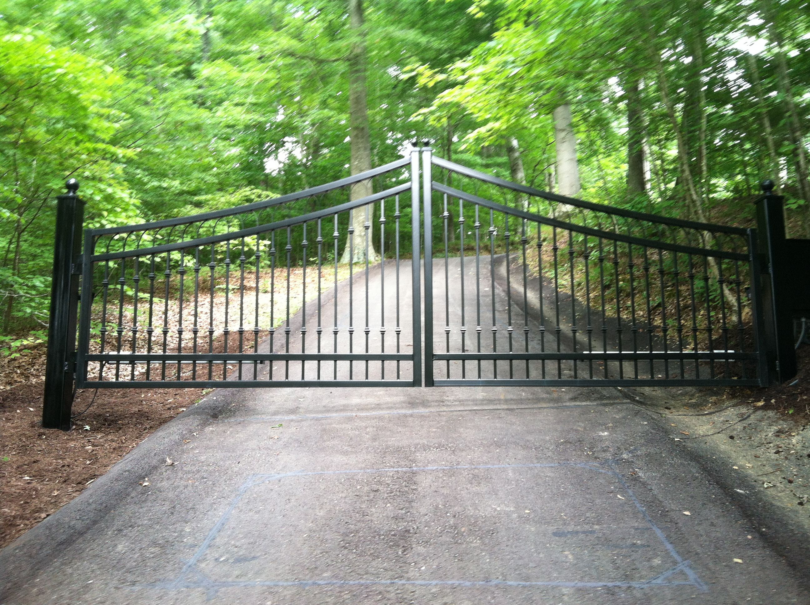 Hamilton Estate Gate By Best Gate Shop Nashville Tn Iron Gates