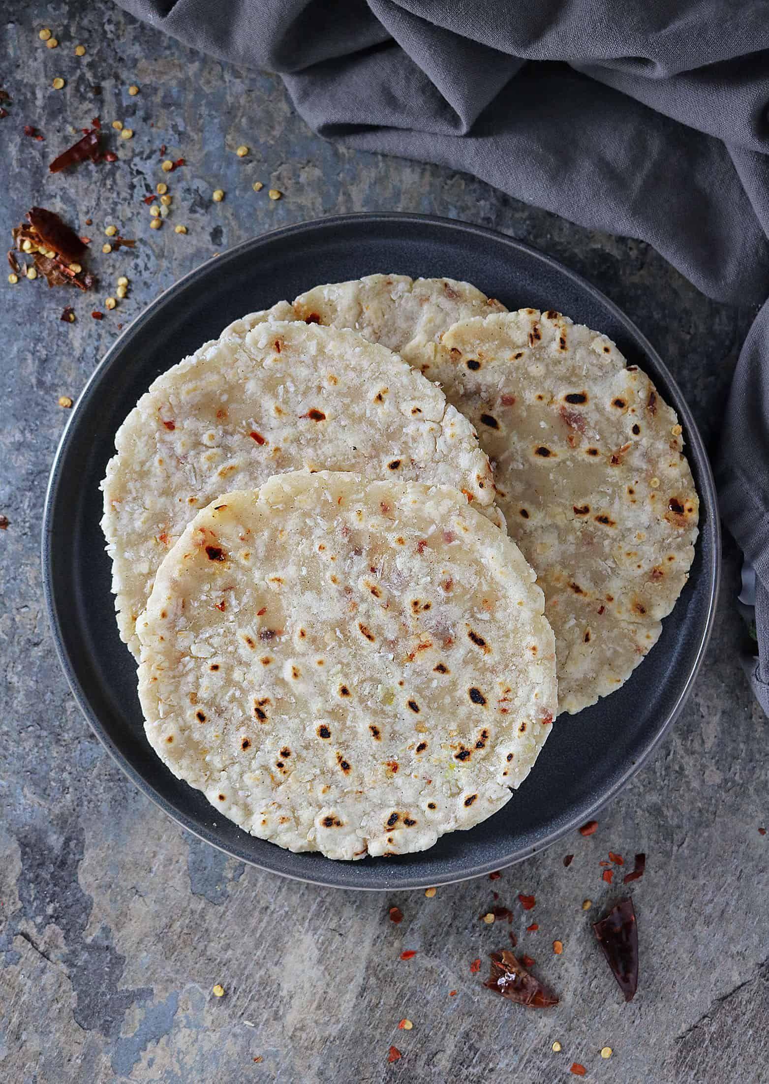 Easy Sri Lankan Coconut Roti Recipe With Chili Flakes Recipe Roti Recipe Recipes Coconut Flakes Recipe