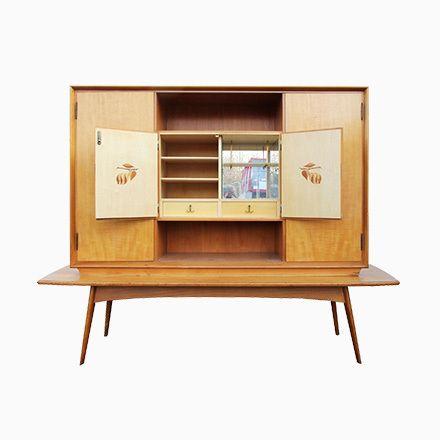 Deutscher Barschrank aus Kirschholz Jetzt bestellen unter   - bar wohnzimmer möbel