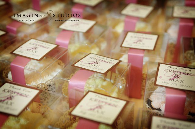 Cupcake Boex Favors On Table Edible Couture The New Must Have Wedding