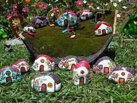 Hogar y jardin pintar piedras para decorar el jard n - Hogar y jardin castellon ...