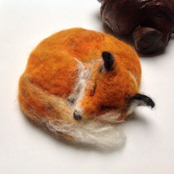 Fox Nap #needlefeltedanimals