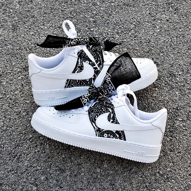AF 1 Bandana Midnight Black â « in 2020 Red nike