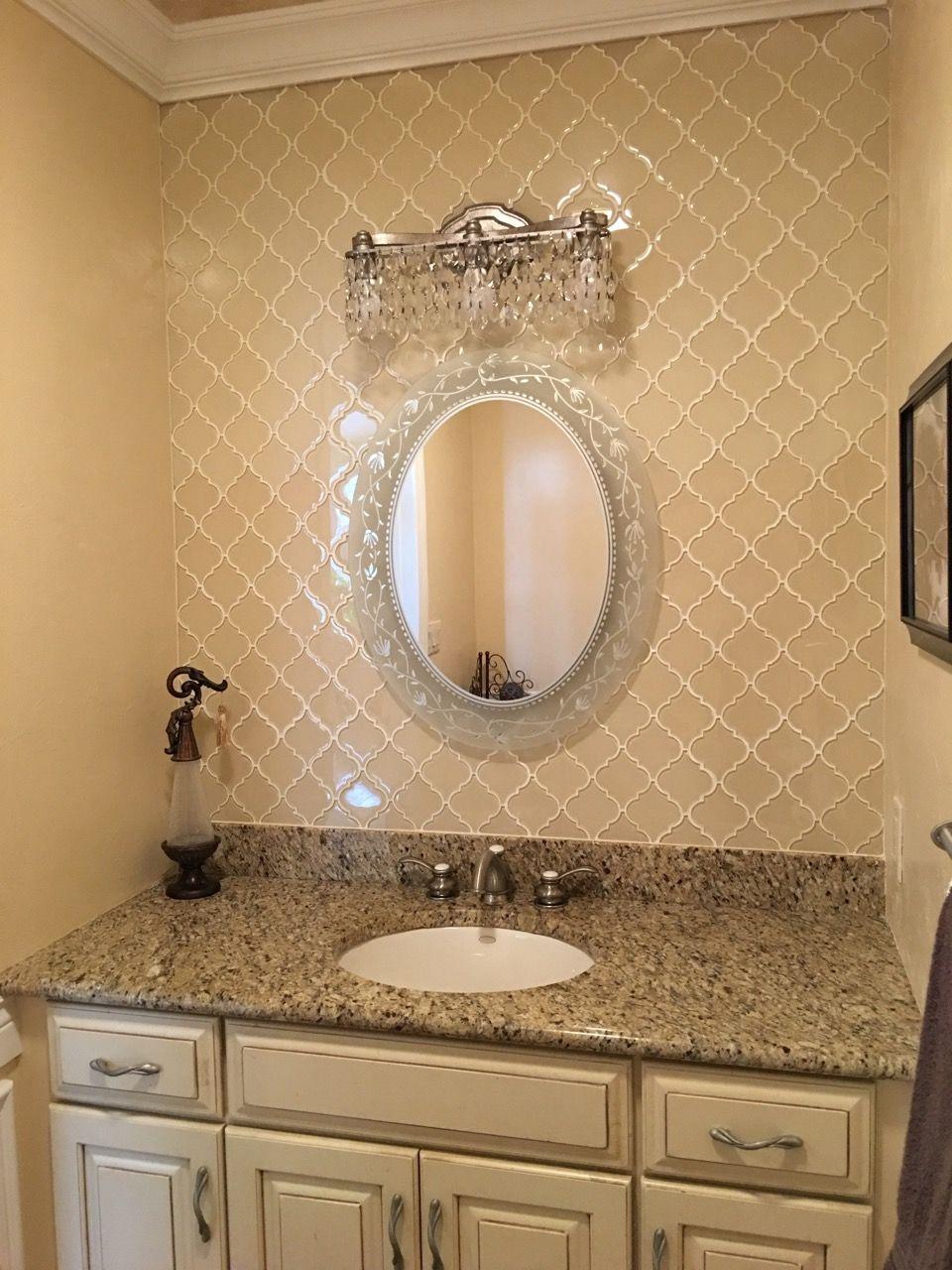 Gorgeous Vanity Backsplash Using Cream Arabesque Glass Tile Merges With The Timeless Elegance Of This Sp Glass Tile Bathroom Bathroom Backsplash Tile Bathroom