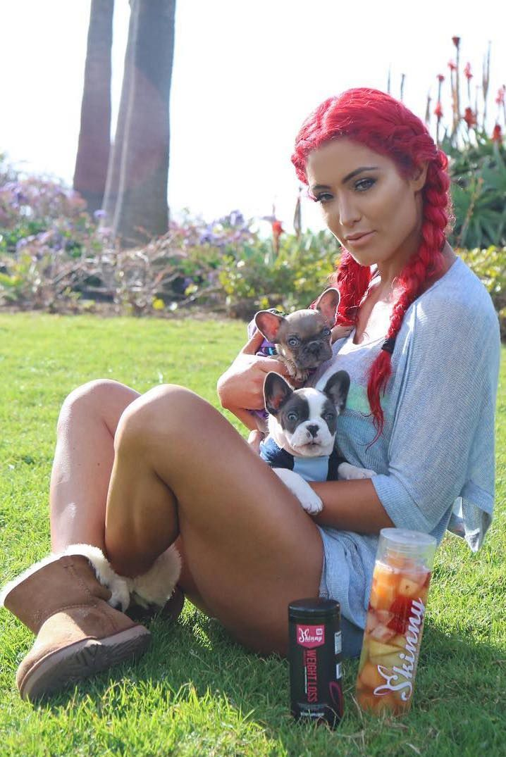 Skinny Ambassador Natalie Eva Marie takes her #Skinny BunnyTea everywhere she goes even with some special friends :) #Tea #WeightLoss