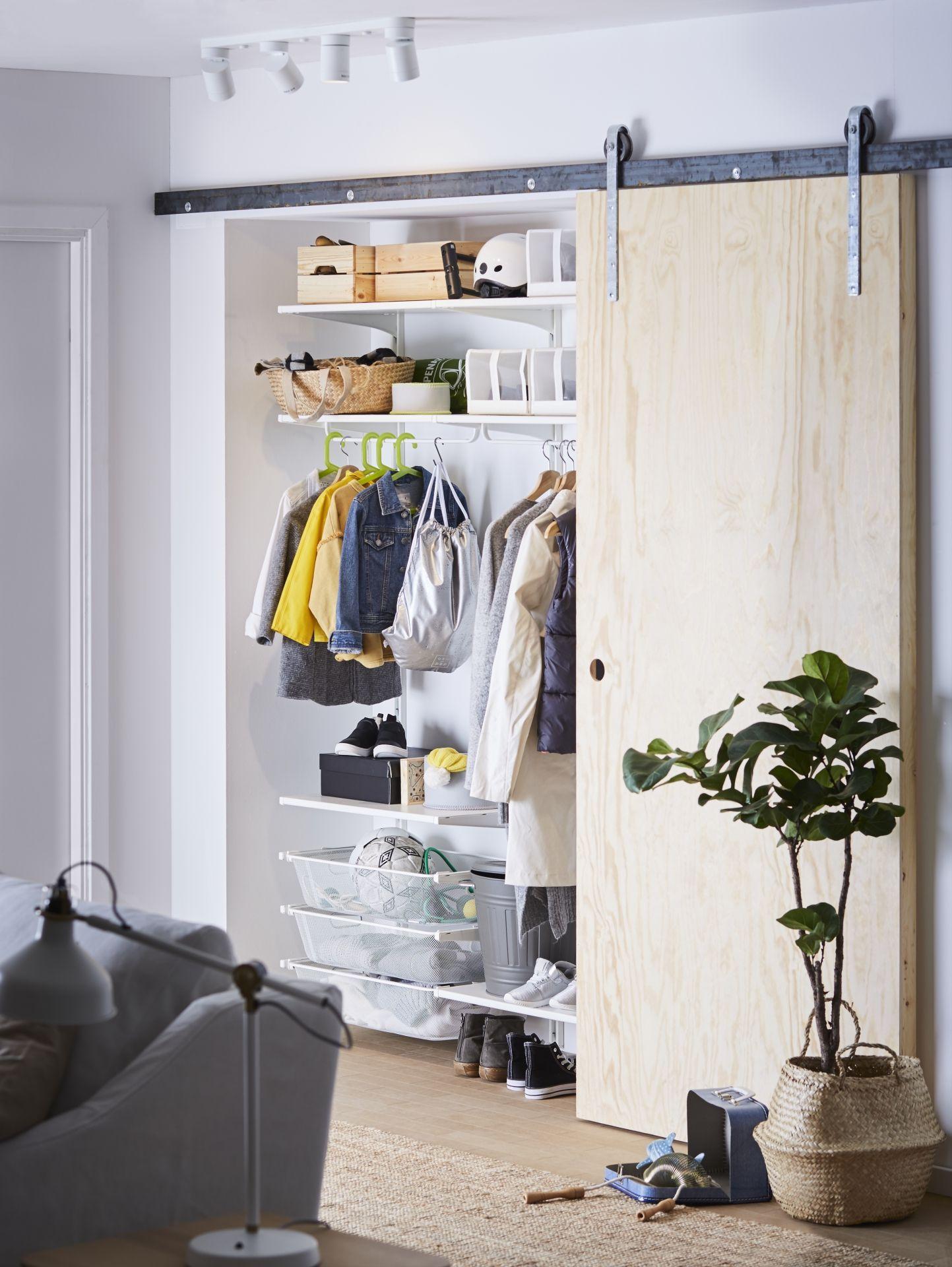 IKEA Deutschland   Ein selbst gebauter begehbarer ...